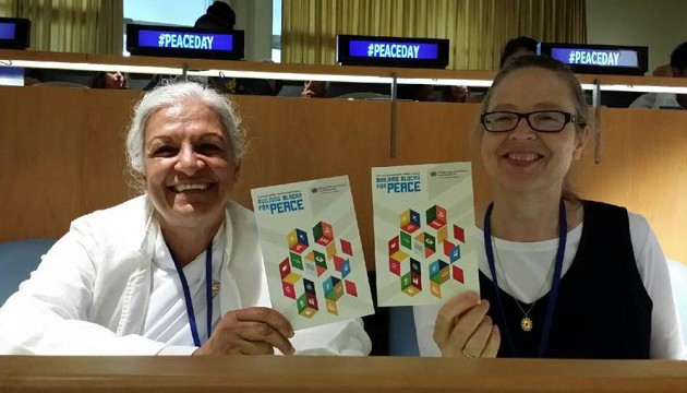 gayatri-and-julia-at-peaceday-event-at-unhq-edited